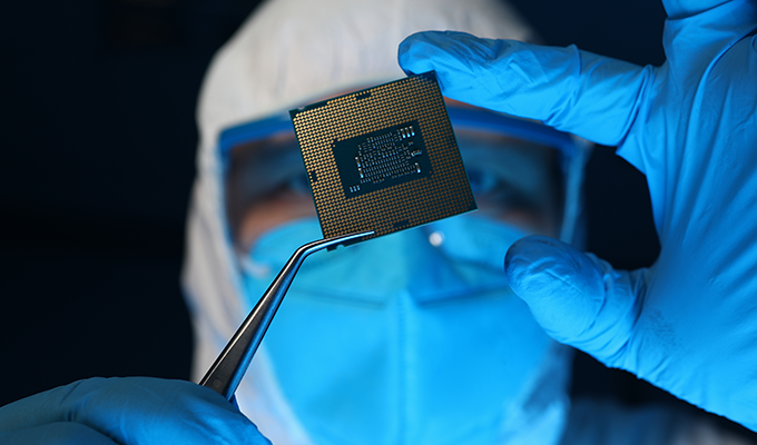 Expert Corner: A Macro Look at Micro Technology